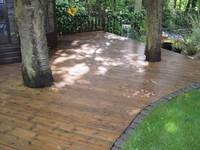 Decking Cleaning London image